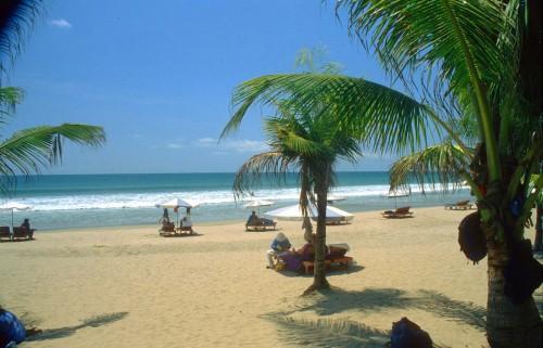 dps-bali-kuta-beach-b1.jpg