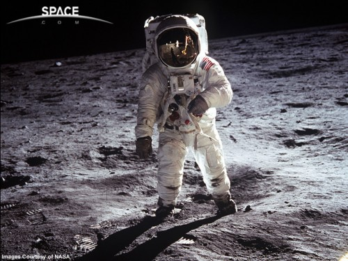 buzz-aldrin-on-the-moon.jpg