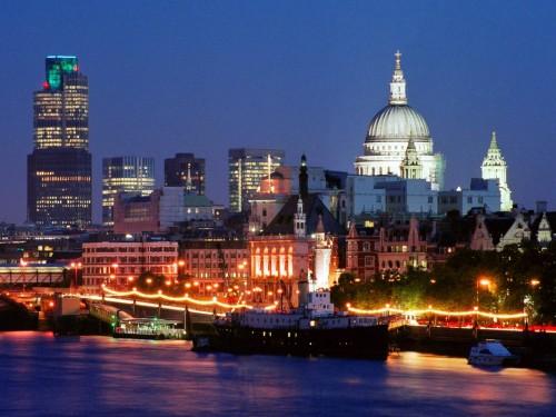 LondonSkylineEngland.jpg